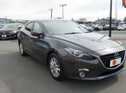 Mazda Axela Hybrid  HV-S L PAC 2013